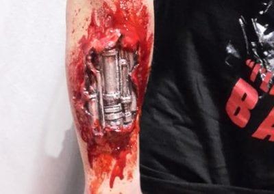 SFX Makeup, Terminator- Arm / Heidi Debbah Maskenbildnerin und SFX Artist