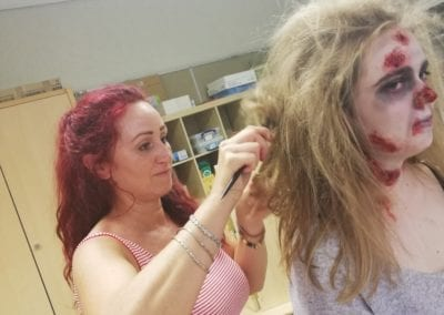 Zombie Styling am Model / Heidi Debbah Maskenbildnerin und Visagistin
