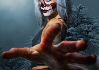 Halloween Makeup, Half skull weiblich I Heidi Debbah Maskenbildnerin