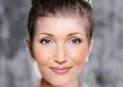 Brautstyling, Hochsteckfrisur mit Zopfdutt I Heidi Debbah, Maskenbildnerin & Visagistin
